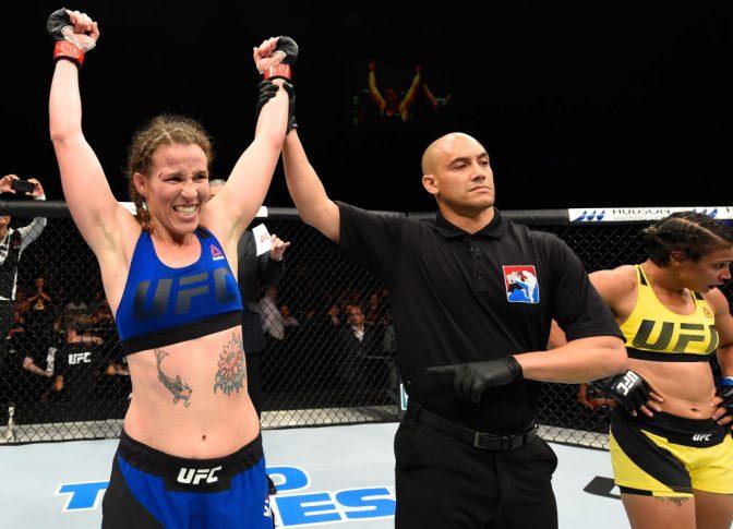 UFCファイトナイト・グラスゴー:レスリー・スミス vs. アマンダ・レモス【スコットランド・グラスゴー/2017年7月16日(Photo by Josh Hedges/Zuffa LLC/Zuffa LLC via Getty Images)】