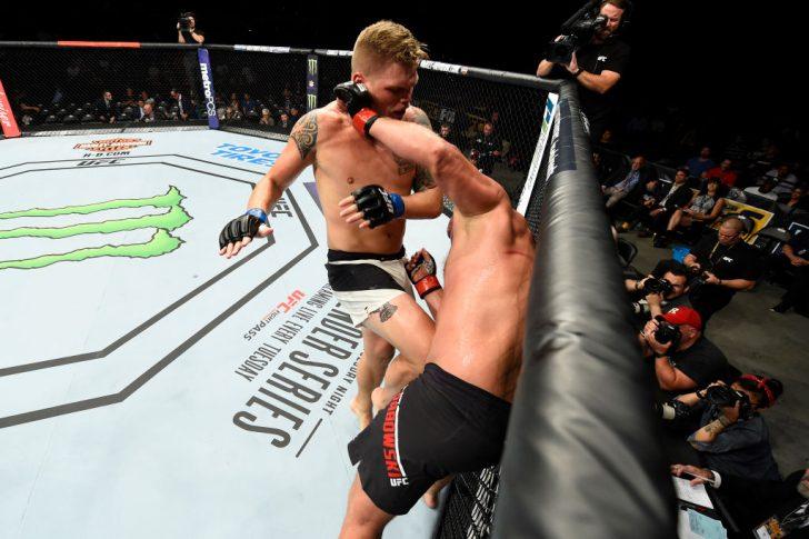 UFCファイトナイト・ロングアイランド:ダミアン・グラボウスキー vs. チェイス・シャーマン【ニューヨーク州・アメリカ/2017年7月22日(Photo by Josh Hedges/Zuffa LLC/Zuffa LLC via Getty Images)】