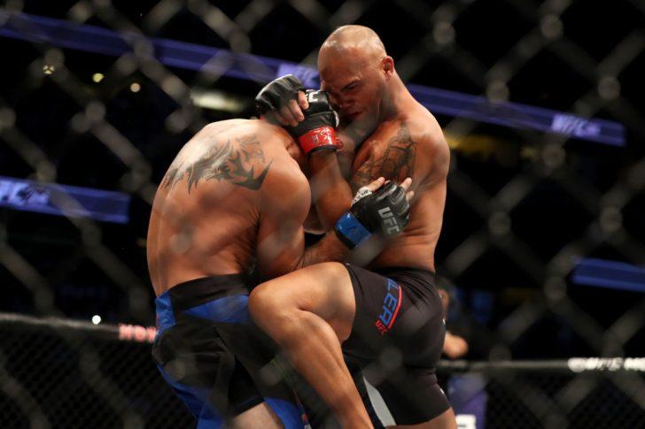 UFC 214:ロビー・ローラー vs. ドナルド・セラーニ【アメリカ・カリフォルニア州アナハイム/2017年7月29日(Photo by Christian Petersen/Zuffa LLC/Zuffa LLC via Getty Images)】