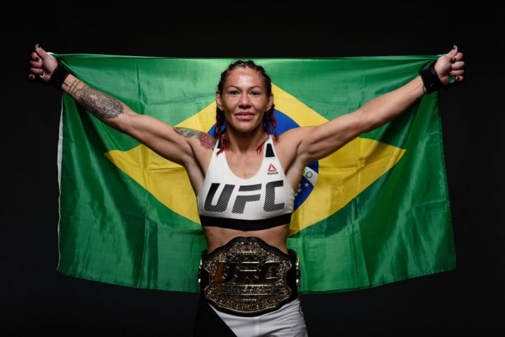 UFC 214:クリスチャン・サイボーグ vs. トーニャ・エヴァンジャー【アメリカ・カリフォルニア州アナハイム/2017年7月29日(Photo by Mike Roach/Zuffa LLC/Zuffa LLC via Getty Images)】