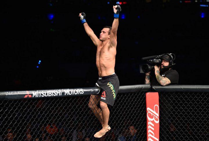 UFCファイトナイト・メキシコシティ:エンリー・ブリオネス vs. ハニ・ヤヒーラ【メキシコ・メキシコシティ/2017年8月5日(Photo by Jeff Bottari/Zuffa LLC/Zuffa LLC via Getty Images)】