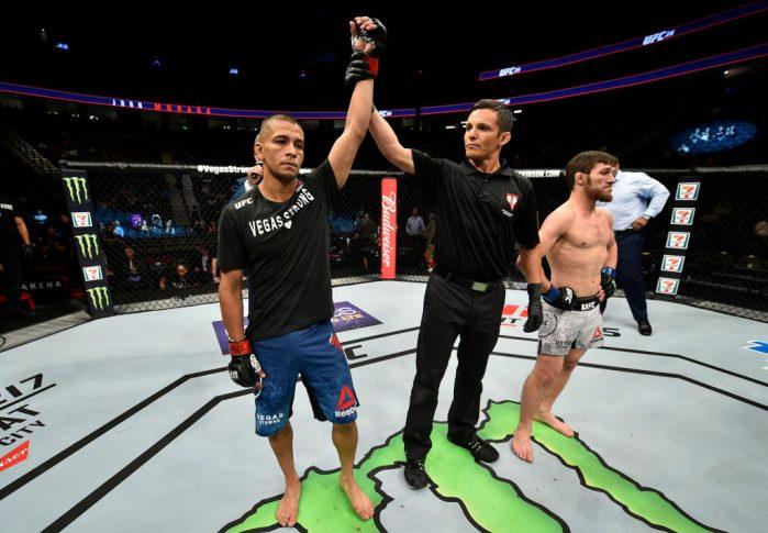 UFC 216:ジョン・モラガ vs. マゴメド・ビブラトフ【アメリカ・ネバダ州ラスベガス/2017年10月7日(Photo by Jeff Bottari/Zuffa LLC/Zuffa LLC via Getty Images)】