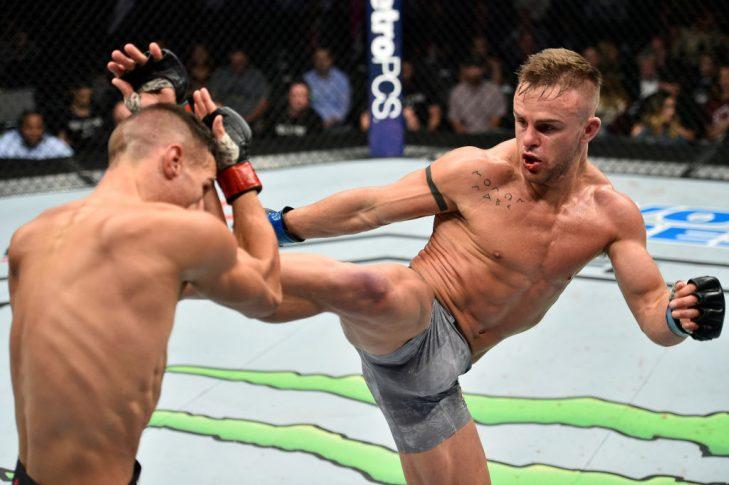 UFC 216:トム・デュケノア vs. コーディ・ステーマン【アメリカ・ネバダ州ラスベガス/2017年10月7日(Photo by Jeff Bottari/Zuffa LLC/Zuffa LLC via Getty Images)】