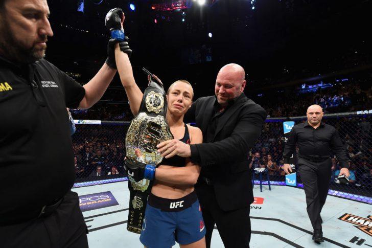UFC 217:ヨアンナ・イェンドジェイチェク vs. ローズ・ナマユナス【アメリカ・ニューヨーク州ニューヨーク/2017年11月4日(Photo by Josh Hedges/Zuffa LLC/Zuffa LLC via Getty Images)】
