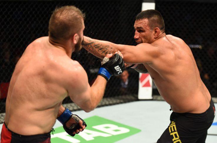 UFCファイトナイト・シドニー:ファブリシオ・ヴェウドゥム vs. マルチン・ティブラ【オーストラリア・シドニー/2017年11月19日(Photo by Josh Hedges/Zuffa LLC/Zuffa LLC via Getty Images)】