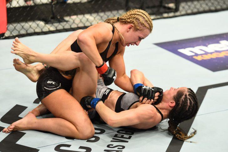 UFC 218:アマンダ・クーパー vs. アンジェラ・マガーニャ【アメリカ・ミシガン州デトロイト/2017年12月2日(Photo by Josh Hedges/Zuffa LLC/Zuffa LLC via Getty Images)】