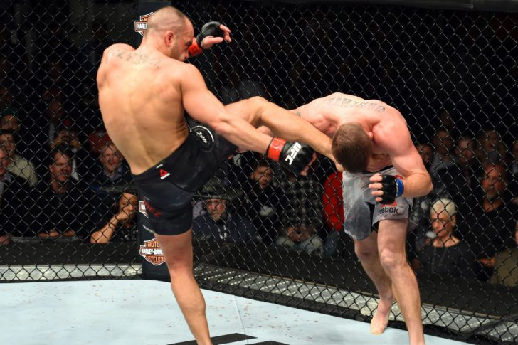 UFC 218:エディ・アルバレス vs. ジャスティン・ゲイジー【アメリカ・ミシガン州デトロイト/2017年12月2日(Photo by Josh Hedges/Zuffa LLC/Zuffa LLC via Getty Images)】