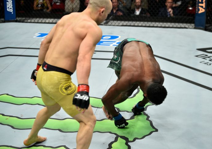 UFCファイトナイト・フレズノ:マルロン・モラエス vs. アルジャメイン・スターリング【カリフォルニア州フレズノ・アメリカ/2017年12月9日(Photo by Jeff Bottari/Zuffa LLC/Zuffa LLC via Getty Images)】