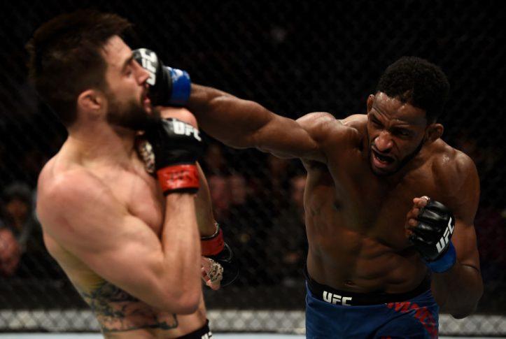 UFC 219:カーロス・コンディット vs. ニール・マグニー【アメリカ・ネバダ州ラスベガス/2017年12月30日(Photo by Jeff Bottari/Zuffa LLC/Zuffa LLC via Getty Images)】