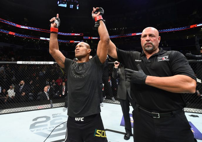 UFCファイトナイト・シャーロット:ジャカレ・ソウザ vs. デレク・ブランソン【アメリカ・ノースカロライナ州シャーロット/2018年1月27日(Photo by Josh Hedges/Zuffa LLC/Zuffa LLC via Getty Images)】