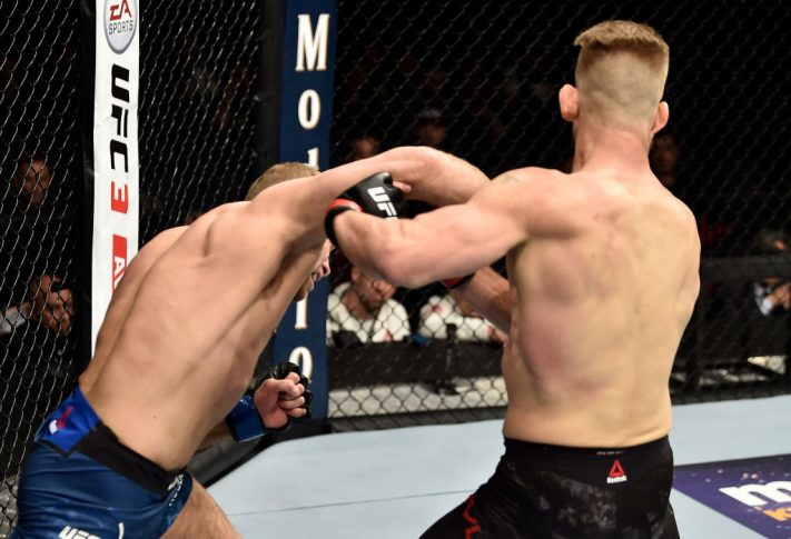 UFC 222:マイク・パイル vs. ザック・オットー【アメリカ・ネバダ州ラスベガス/2018年3月3日(Photo by Jeff Bottari/Zuffa LLC/Zuffa LLC via Getty Images)】