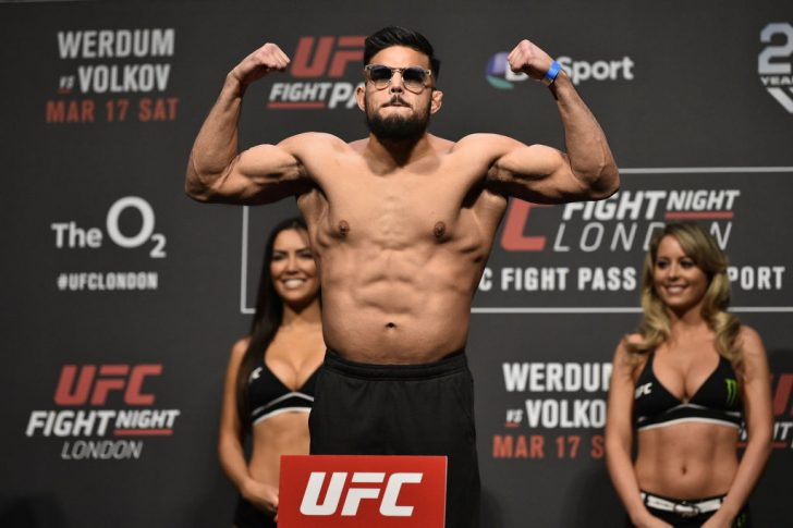 UFCファイトナイト・ロンドン:公式計量セレモニーに登場したナスラット・ハクパラスト【イギリス・ロンドン/2018年3月16日(Photo by Brandon Magnus/Zuffa LLC/Zuffa LLC via Getty Images)】