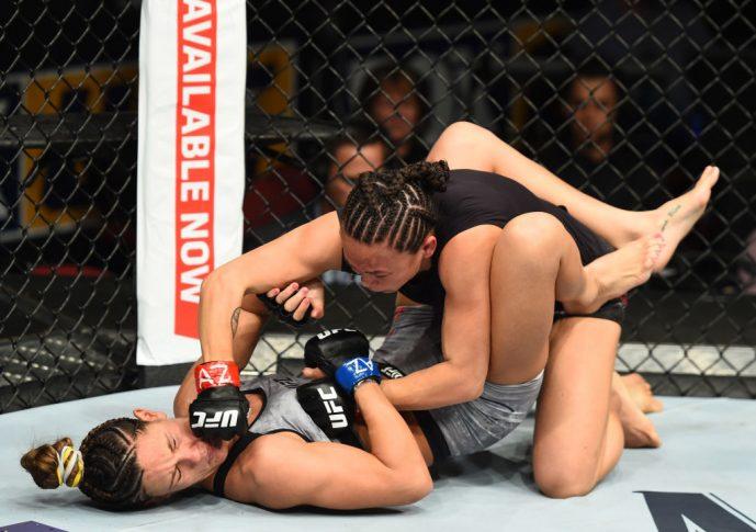 UFCファイトナイト・アリゾナ:ミシェル・ウォーターソン vs. コートニー・ケイシー【アメリカ・アリゾナ州グレンデール/2018年4月14日(Photo by Josh Hedges/Zuffa LLC/Zuffa LLC via Getty Images)】