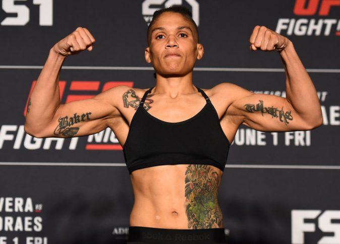 UFCファイトナイト・ユーティカ:公式計量セレモニーに登場したシジャラ・ユーバンクス【アメリカ・ニューヨーク州ユーティカ/2018年5月31日(Photo by Josh Hedges/Zuffa LLC/Zuffa LLC via Getty Images)】