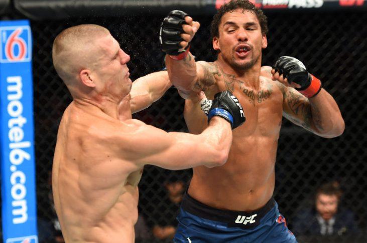 UFCファイトナイト・リンカーン:エリク・アンダース vs. ティム・ウィリアムズ【アメリカ・ネブラスカ州リンカーン/2018年8月25日(Photo by Josh Hedges/Zuffa LLC/Zuffa LLC via Getty Images)】
