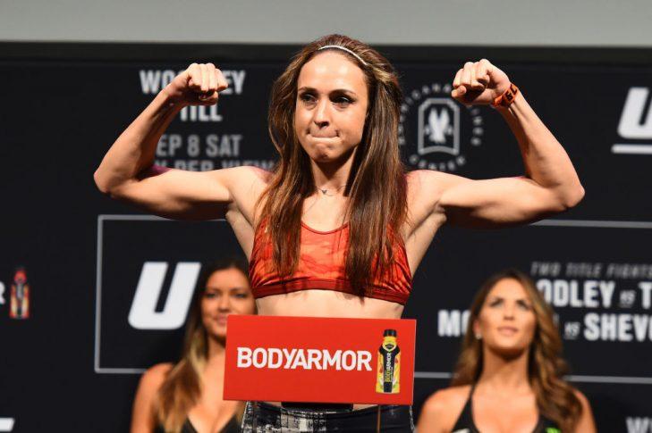 UFC 228:公式計量セレモニーに登場したルーシー・プディロヴァ【アメリカ・テキサス州ダラス/2018年9月7日(Photo by Josh Hedges/Zuffa LLC/Zuffa LLC via Getty Images)】