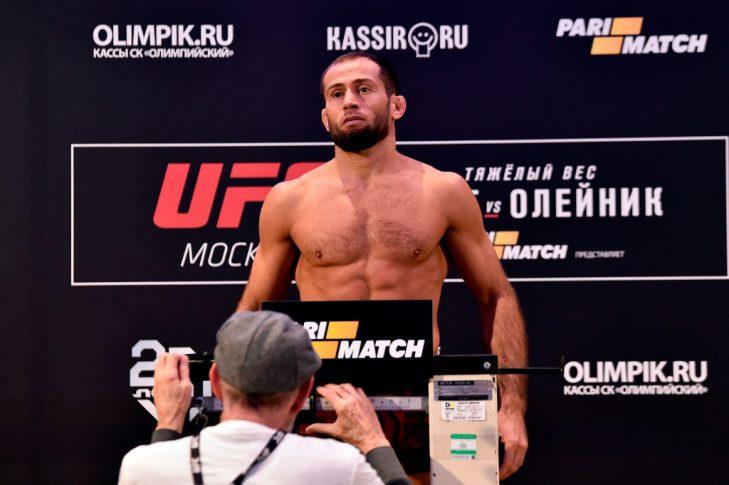 UFCファイトナイト・モスクワ:公式計量に登場したマイルベク・タイスモフ【ロシア・モスクワ/2018年9月14日(Photo by Jeff Bottari/Zuffa LLC/Zuffa LLC via Getty Images)】