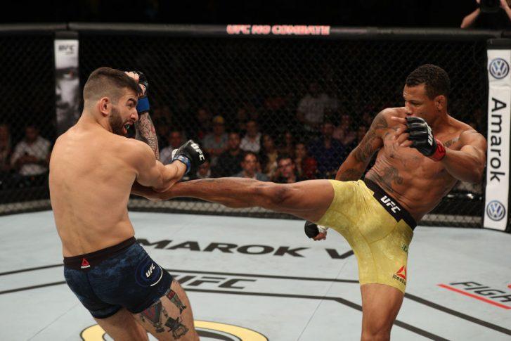 UFCファイトナイト・サンパウロ:アレックス・オリベイラ vs. カルロ・ペデルソリ【ブラジル・サンパウロ/2018年9月22日(Photo by Buda Mendes/Zuffa LLC/Zuffa LLC via Getty Images)】