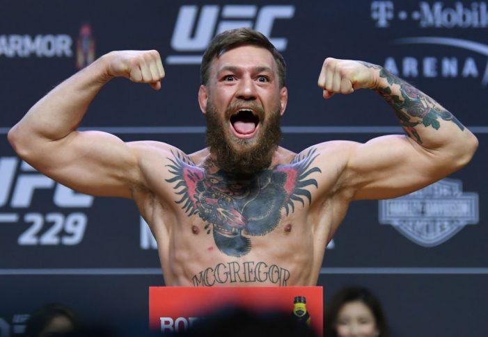 UFC 229:公式計量セレモニーに登場したコナー・マクレガー【アメリカ・ネバダ州ラスベガス/2018年10月5日(Photo by Josh Hedges/Zuffa LLC/Zuffa LLC via Getty Images)】