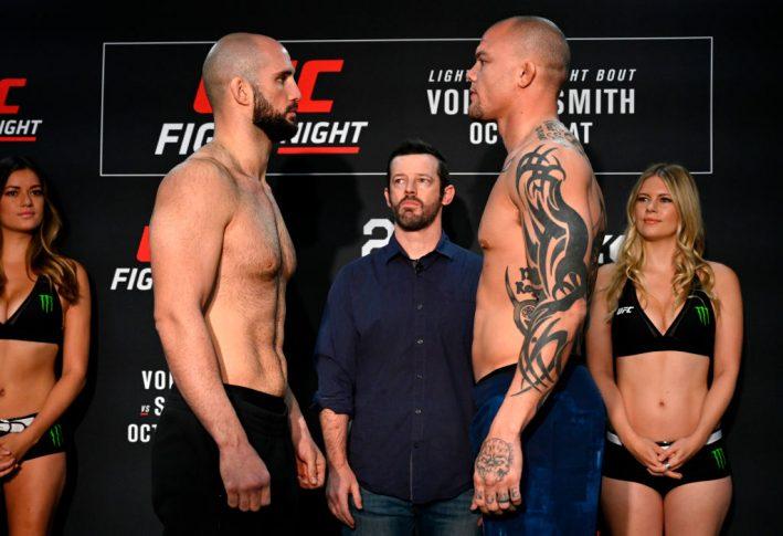 UFCファイトナイト・モンクトン:フェイスオフに臨んだヴォルカン・オーズデミアとアンソニー・スミス【カナダ・ニューブランズウィック州モンクトン/2018年10月26日(Photo by Jeff Bottari/Zuffa LLC/Zuffa LLC via Getty Images)】
