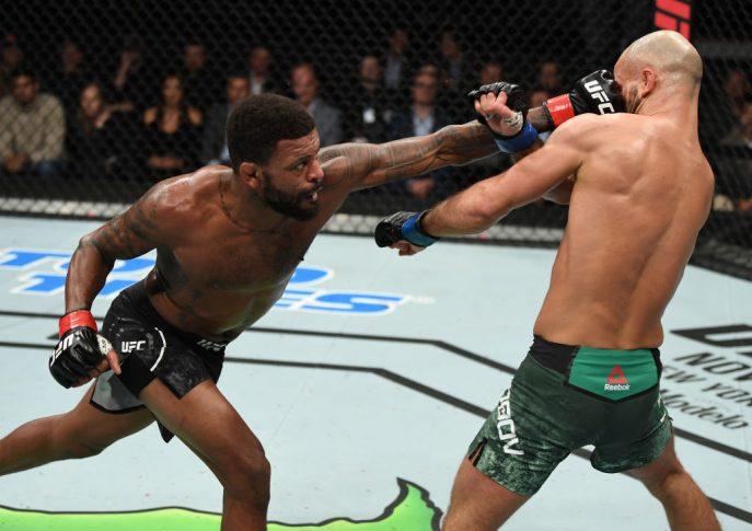 UFCファイトナイト・モンクトン:マイケル・ジョンソン vs. アルテム・ロボフ【カナダ・ニューブランズウィック州モンクトン/2018年10月27日(Photo by Jeff Bottari/Zuffa LLC/Zuffa LLC via Getty Images)】