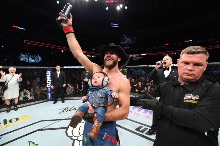 UFCファイトナイト・デンバー:ドナルド・セラーニ vs. マイク・ペリー【アメリカ・コロラド州デンバー/2018年11月10日(Photo by Josh Hedges/Zuffa LLC/Zuffa LLC via Getty Images)】