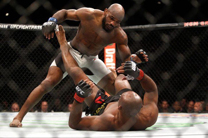 UFC 194:ジャカレ・ソウザ vs. ヨエル・ロメロ【アメリカ・ネバダ州ラスベガス/2015年12月13日(Photo by Steve Marcus/Getty Images)】