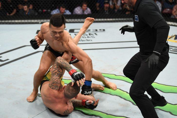 UFCファイトナイト・グリーンビル:ヘナート・モイカノ vs. ジョン・チャンソン【アメリカ・サウスカロライナ州グリーンビル/2019年6月22日(Photo by Josh Hedges/Zuffa LLC/Zuffa LLC via Getty Images)】