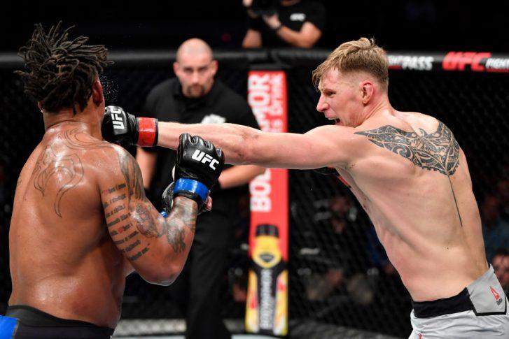 UFCファイトナイト・モスクワ:アレクサンドル・ボルコフ vs. グレッグ・ハーディ【ロシア・モスクワ/2019年11月9日(Photo by Jeff Bottari/Zuffa LLC/Zuffa LLC via Getty Images)】