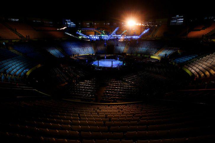 UFCファイトナイト・サンパウロ:オクタゴン【ブラジル・サンパウロ州パライーゾ/2019年11月16日(Photo by Alexandre Schneider/Zuffa LLC via Getty Images)】