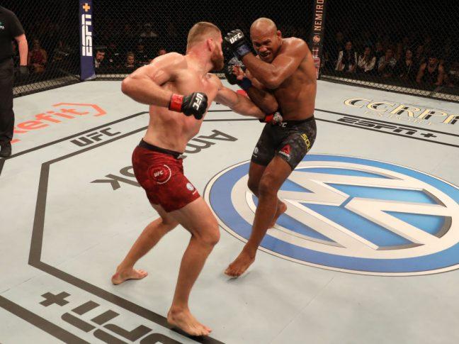 UFCファイトナイト・サンパウロ:ヤン・ブラホビッチ vs. ジャカレ・ソウザ【ブラジル・サンパウロ州パライーゾ/2019年11月16日(Photo by Alexandre Schneider/Zuffa LLC via Getty Images)】