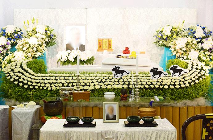 その人らしい花祭壇