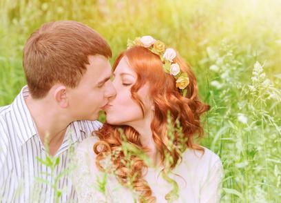 婚活中の人必見! 幸せな結婚をするために、まず外しておくべきものは―—?