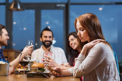 合わせすぎは「つまらない女」!片思い女子が彼に好かれる会話術6つ