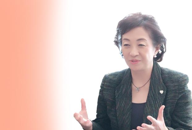 産婦人科医・対馬ルリ子先生インタビュー全5回vol.4〜月経や妊娠をコントロールできる 低用量ピルは女性ホルモンの安定剤