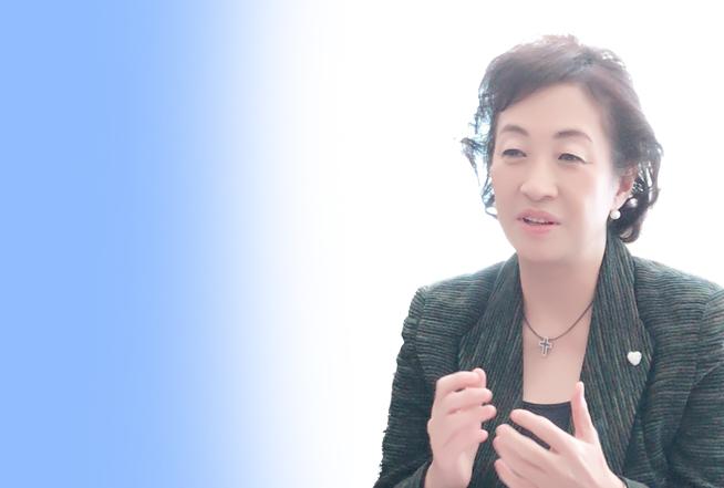 産婦人科医・対馬ルリ子先生インタビュー 全5回vol3〜女性ホルモンで知る、 出産のタイムリミット