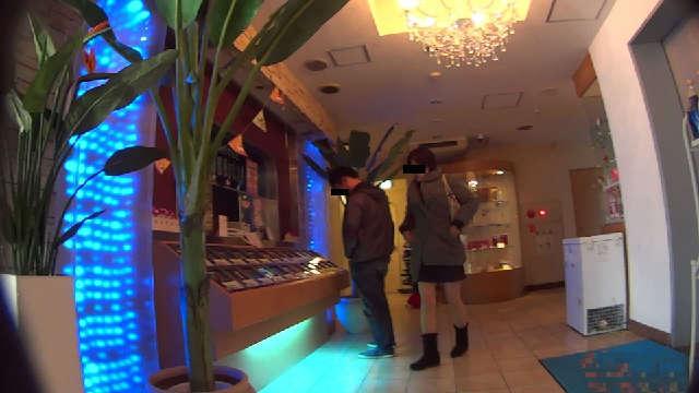 ラブホテルに入店中の写真2