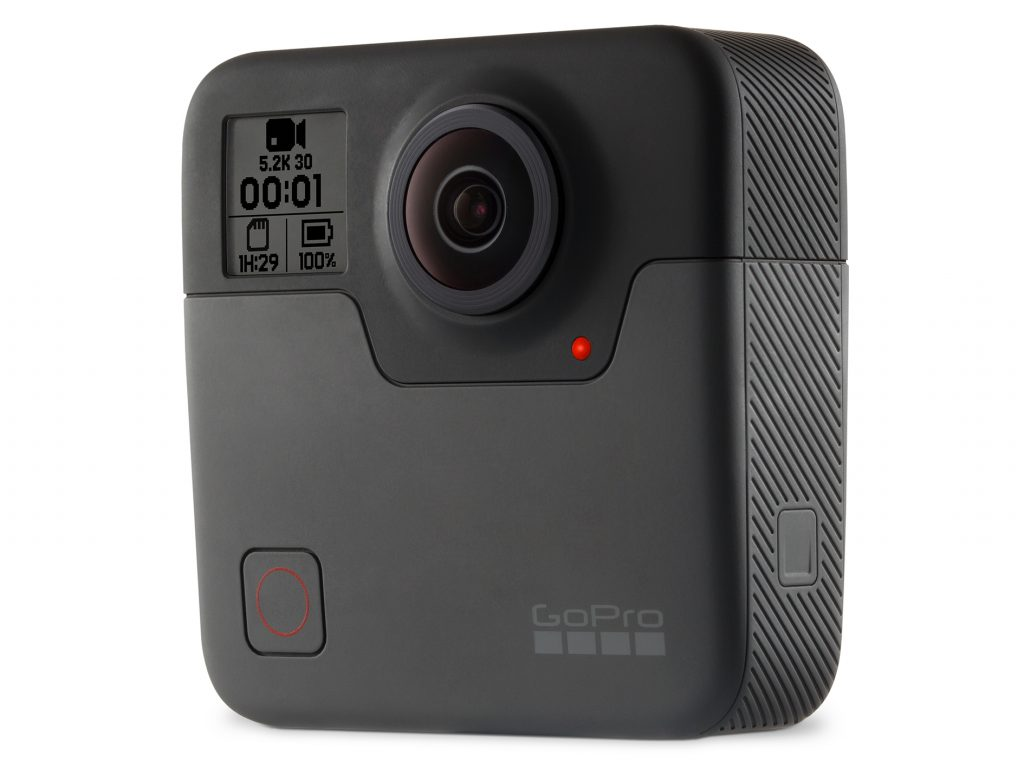 GoPro、防⽔仕様の5.2K/30Pの360度カメラ・FUSION を発表