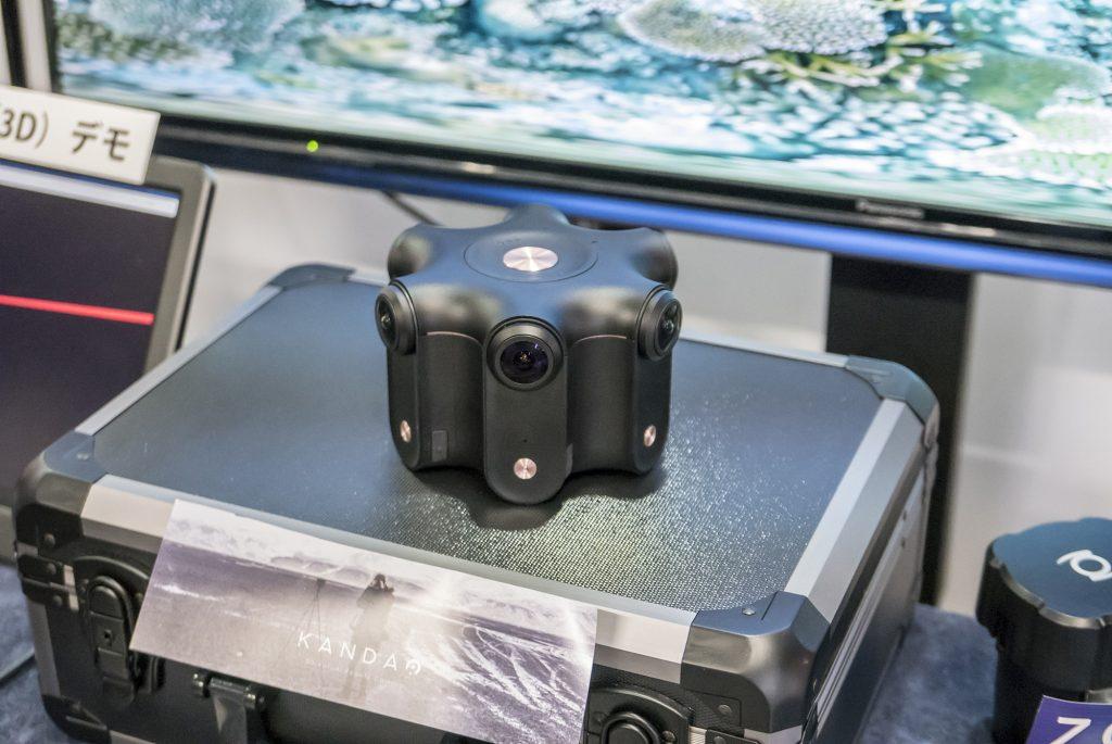 ジュエでは、8K/30pの3DVR撮影に対応したobsidian Rをメインに360度動画関連製品を展示