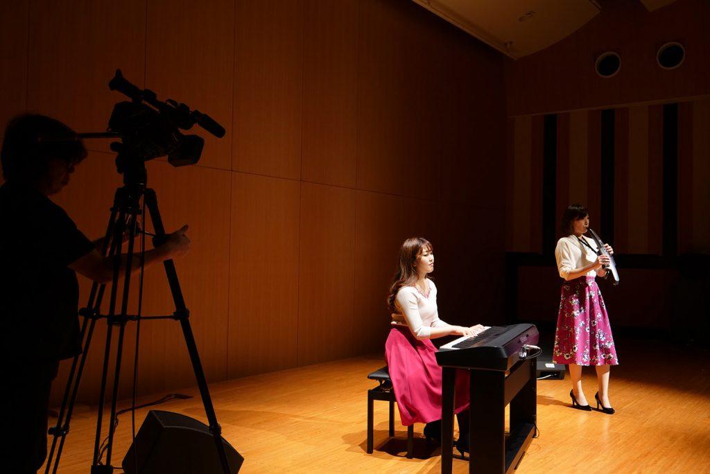 1月号付録「ライブ映像プロダクションガイド」のテーマは「音楽とビデオ」です