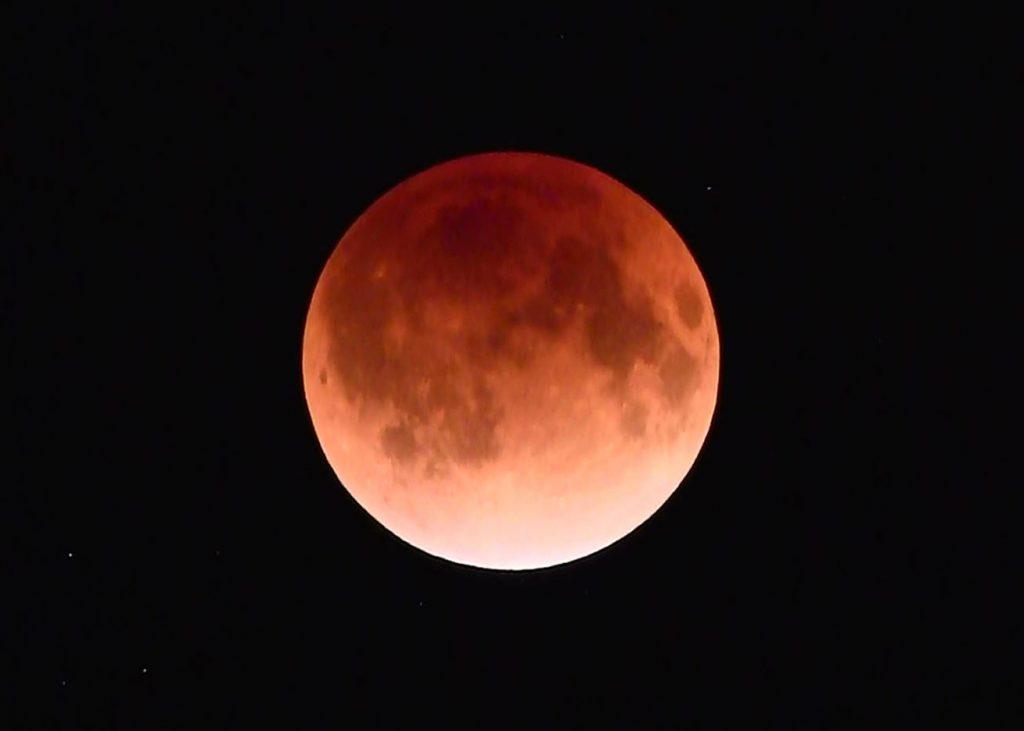 月食を撮ろう!! 1月31日はまたとない絶好の皆既月食の夜を迎える<撮影ハウツー・完全コンプリート版>