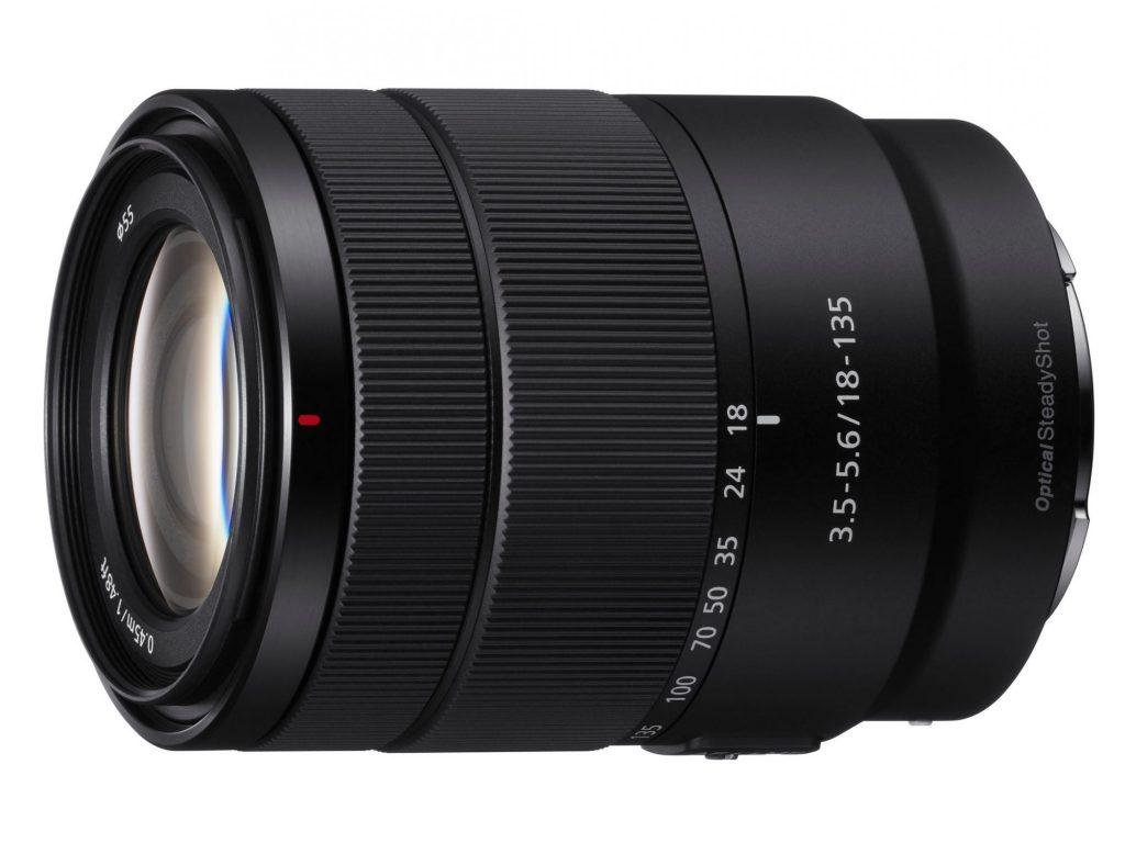 ソニー、小型軽量ながら高倍率・高画質のAPS-Cズームレンズ・E 18-135mm F3.5-5.6 OSS を発売