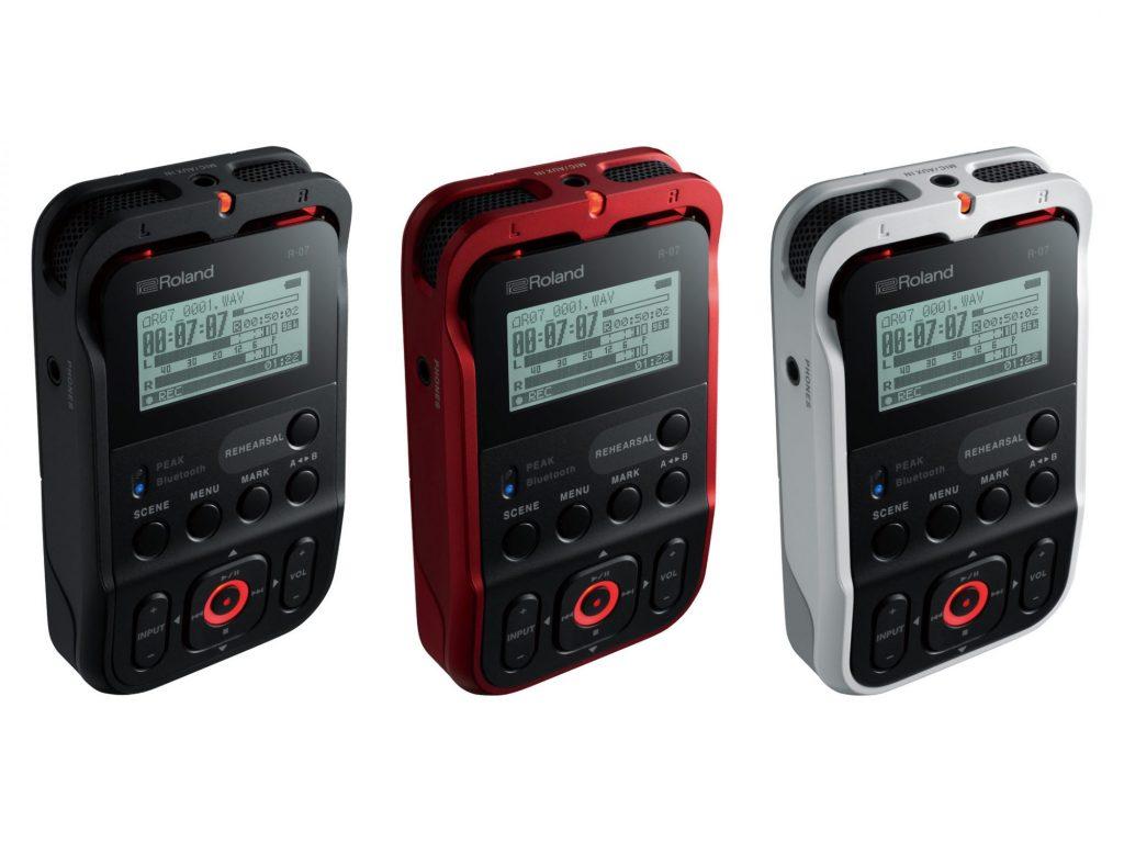 ローランド、簡単・確実・高音質のオーディオレコーダー・R-07を発売