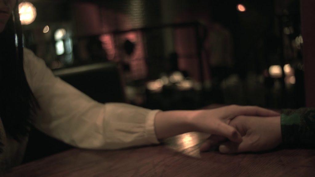 【連載  映画作家主義】ふるいちやすし 第2回 登場人物の設定を役者に伝え、コミュニケーションをとる。 ただの手の動きが本当の女性の思いを持った動きになる。