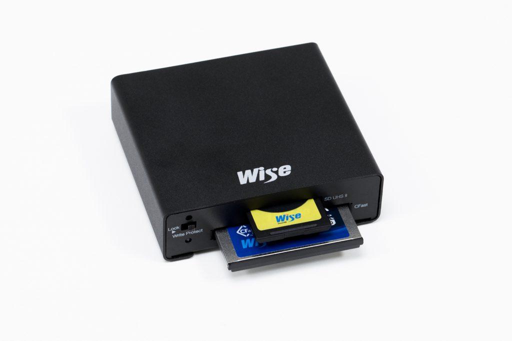 アミュレット、CFastカードとSDカードを1台で読み書きできるUSB 3.0対応カードリーダー「Wise CSD2 コンボカードリーダー」を発売
