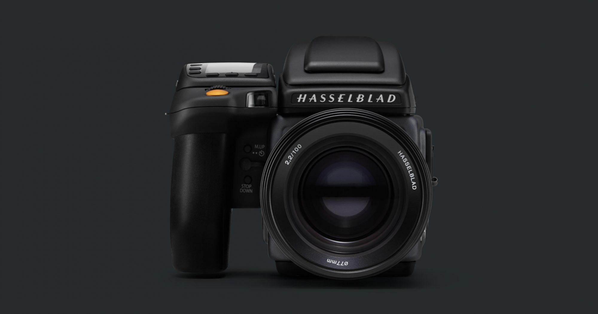 9b07d1b70d ハッセルブラッドは月に最初に行ったカメラとしても有名なスウェーデンのカメラメーカー。ファッションポートレート、広告などのカメラマン御用達のプロ用カメラとして  ...