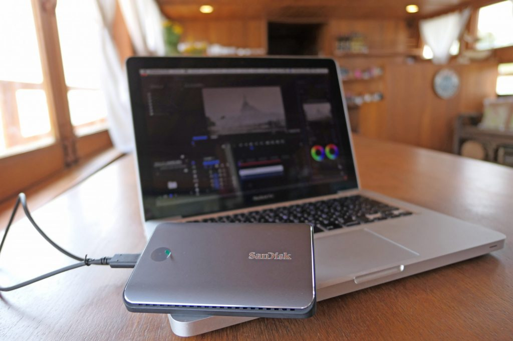 「サンディスク エクストリーム ポータブルSSD」と「エクストリーム900」を持ってミャンマーを旅し、ドキュメンタリー作品の素材を撮る