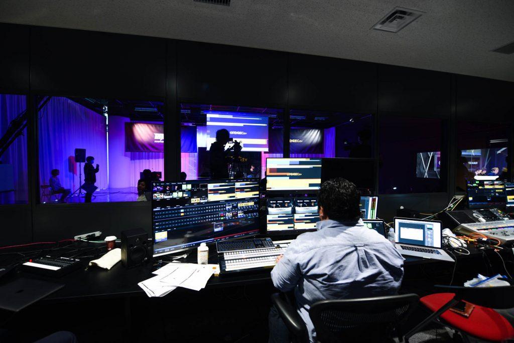 CyberZ、ATEM 2 M/E Broadcast Studio 4Kで eSportsスタジオ「OPENREC STUDIO」をリニューアルオープン