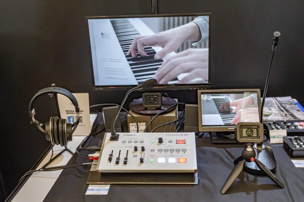 【CP+2019・プロ向け動画エリア】ローランドでは初心者でも使いやすいAVミキサー・VR-1HDと小型スイッチャーV-02HDのiPadアプリも