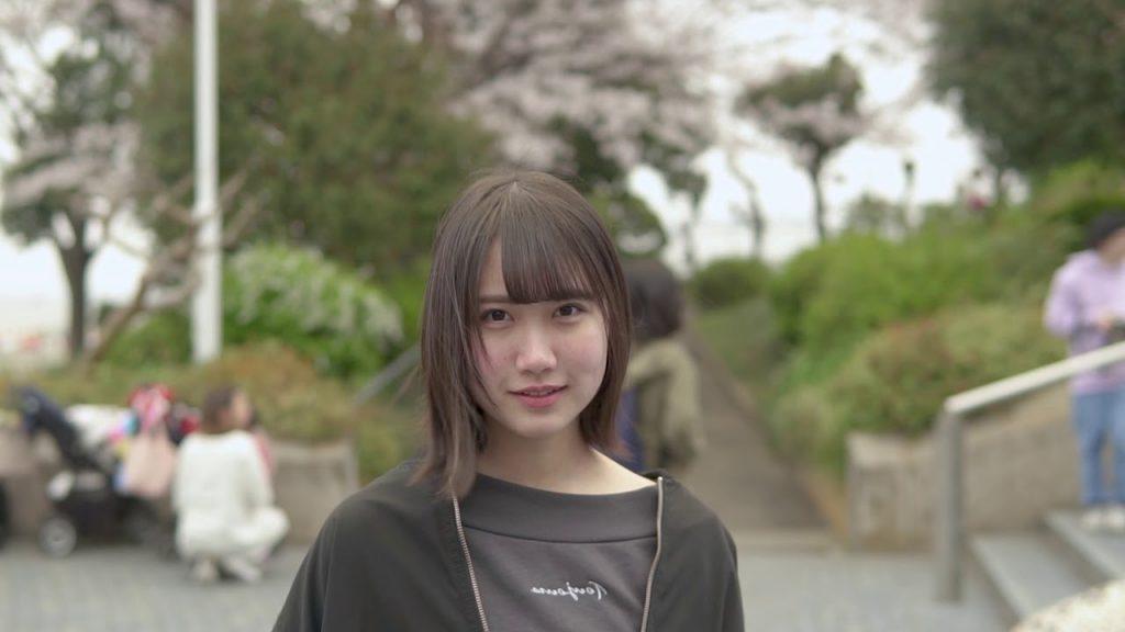 【Views】『フレッシュはじける16歳  SAKURA』3分58秒~ターンが印象的なフォトジェニック・ストーリー。ほんとうの彼女を知りたいような知りたくないようなメイキングもお見逃しなく